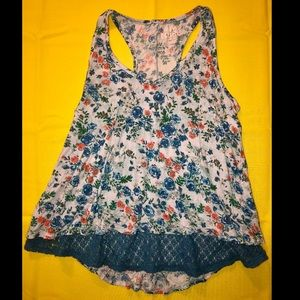 Blue lace floral tank top!